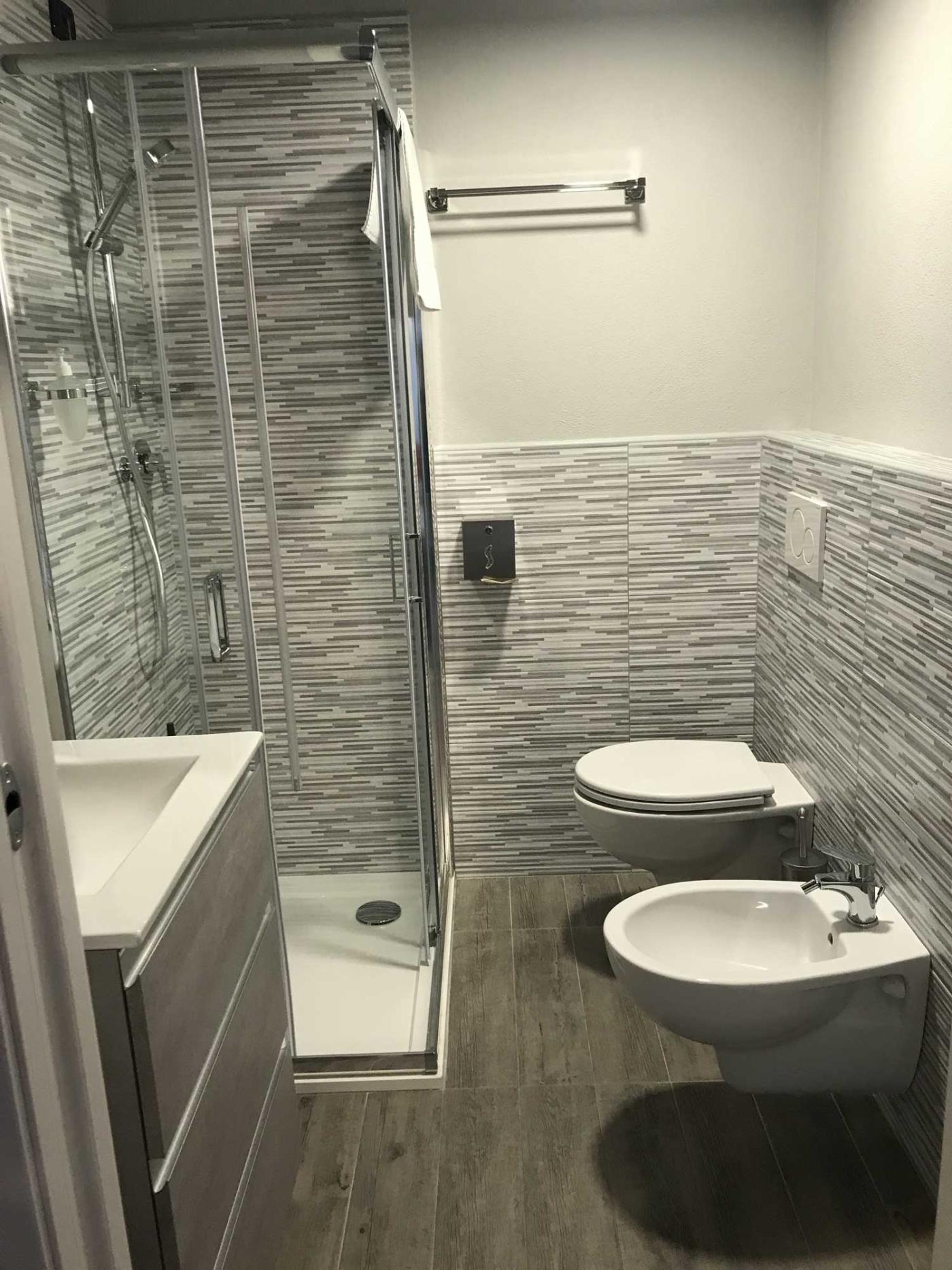 hotel-pila-camera-bagno-2