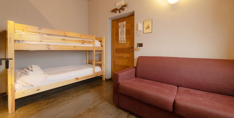camera famigliare a pila in hotel